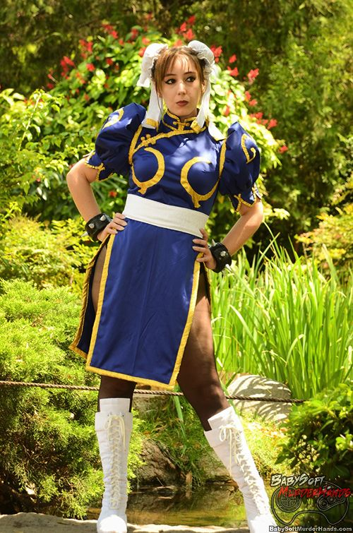 Street Fighter Chun-Li cosplay done by Neferet_Ichigo2