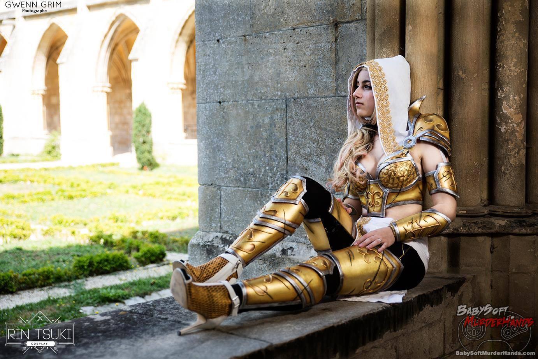 Rin Tsuki Tyrael of Diablo III Cosplay