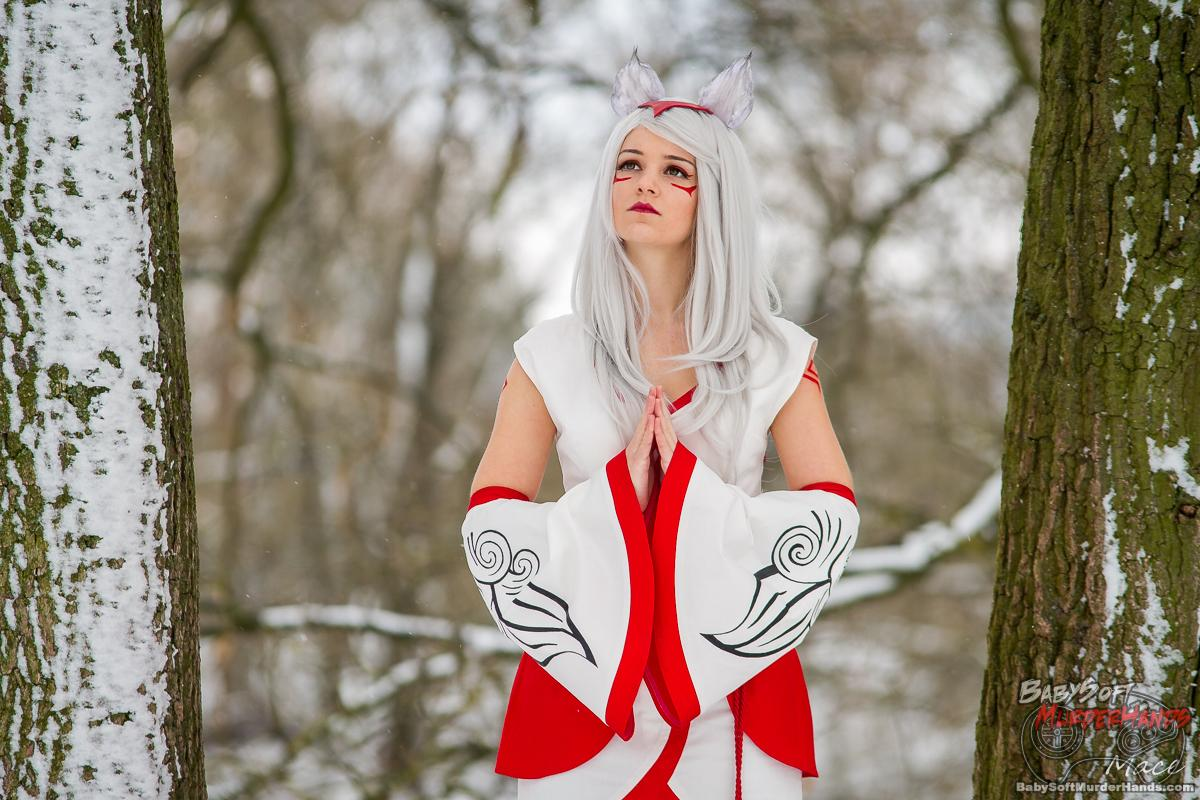 Hummel Amaterasu of Okami Cosplay