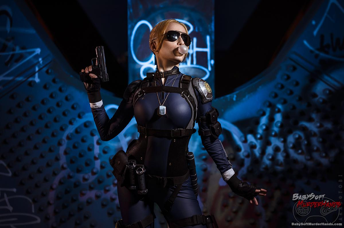 Narga (Narga Lifestream)  cassie cage  of Mortal Kombat X Cosplay