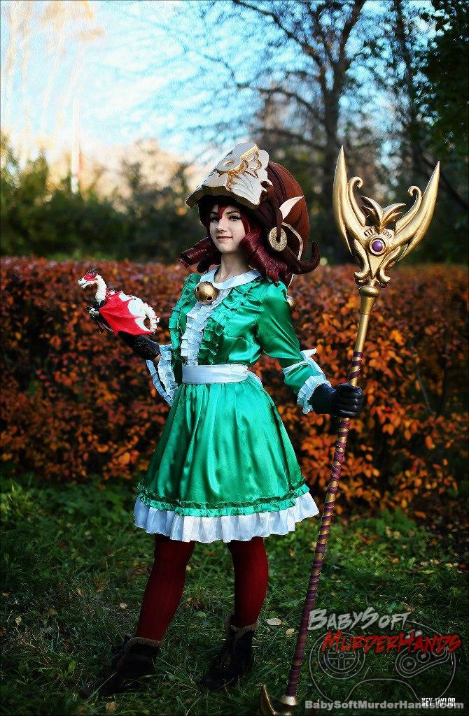 FixthePix  Lulu  of League of Legends Cosplay