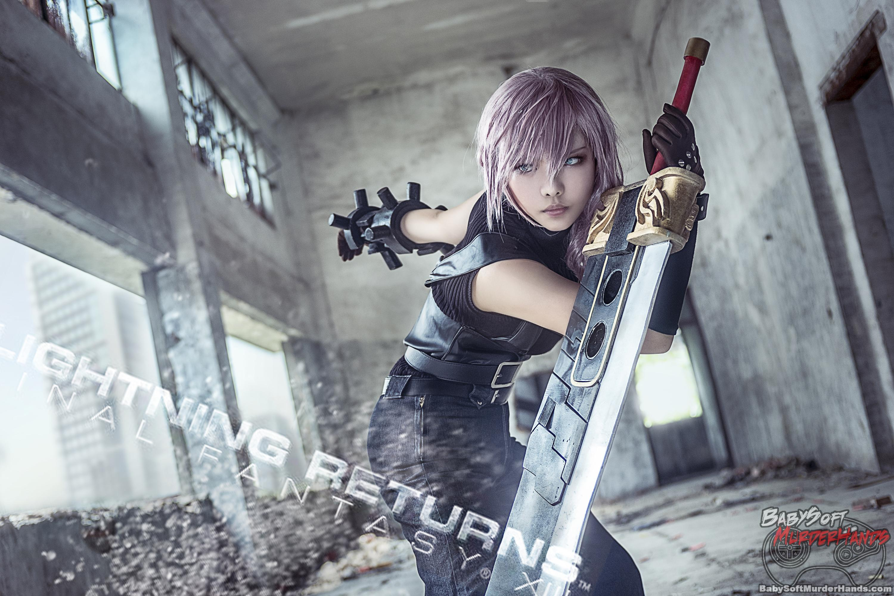 Thea  Lightning  of LIGHTNING RETURNS FINAL FANTASY XIII Cosplay