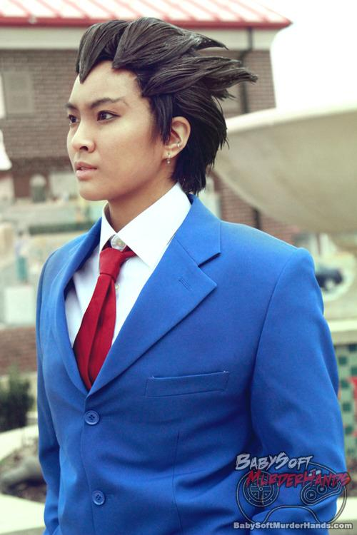 Phoenix Wright Cosplay by Linh-Sama