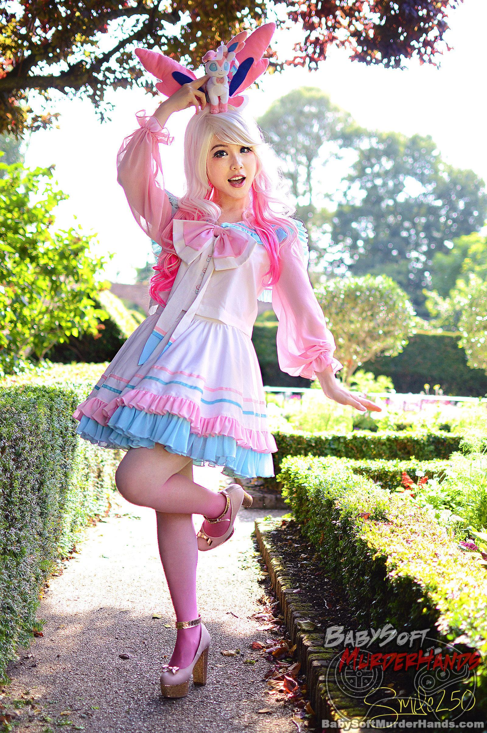 Pixie Late Sylveon cosplay gijinka pokemon cute