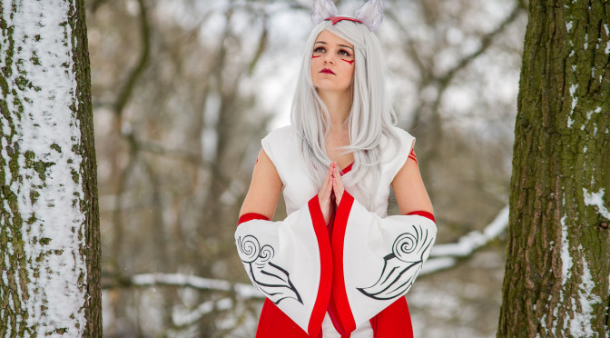 AWESOME GAMING COSPLAY: Okami, Chrono Trigger, World of Warcraft, WarHammer 40000, The Legend Of Zelda Sky Ward Sword, Dynasty Warriors 8, FINAL FANTASY XIII ,The Tower of AION, Vampire Savior, Diablo III